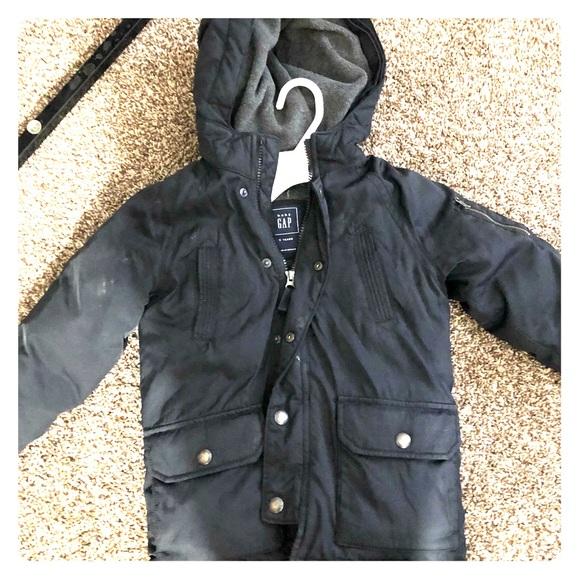 Other - Black gap coat kids size 5